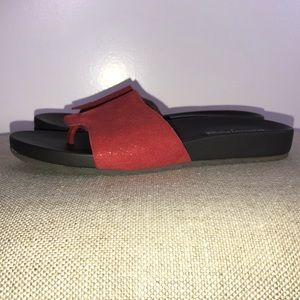Donald Pliner Thong Sandals Red Sz 8